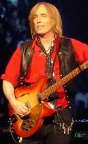 Tom Petty en junio de 2006 (fuente wikipedia)