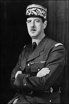 Charles De Gaulle en 1942 (foto wikipedia)