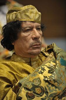 Gadafi en febrero de 2009 (fuente: wikipedia)