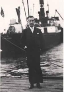 Gerardo Diego en el puerto de Santander