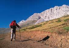 Ruta a la base de peña Ubiña (foto de José Luis Rodríguez)